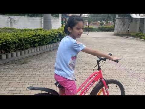 10 Year old teaches how to ride a cycle |3 easy steps to learn to ride a bike |Funbloggers