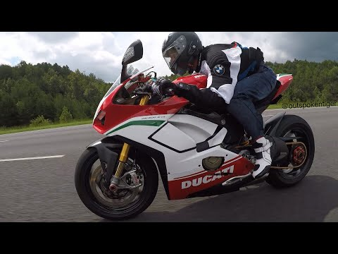 Ducati V4 Speciale Vs Yamaha R1M Vs BMW S1000RR Vs Kawasaki ZX10R - Street Race
