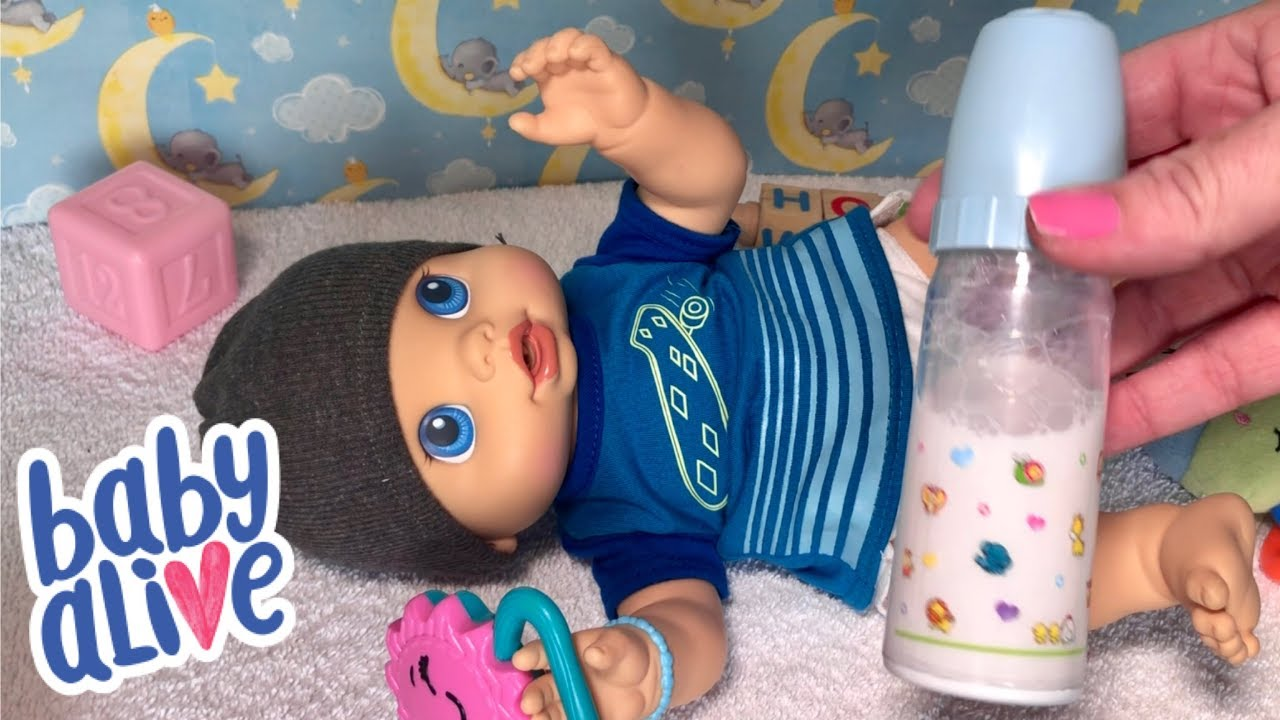 Baby Alive Wets N Wiggles Boy Bob Feeding And Changing