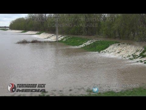 2013-04-19 Levee Breach Flooding - Vandalia, IL