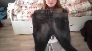Как сделать рваные джинсы)))