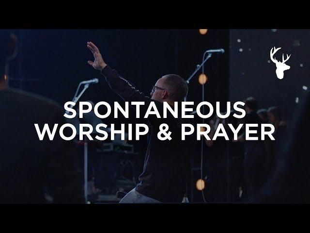 A HOLY MOMENT | SPONTANEOUS WORSHIP & PRAYER