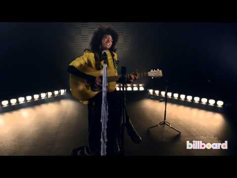"""Andy Allo - """"Yellow Gold"""" LIVE Acoustic Session"""