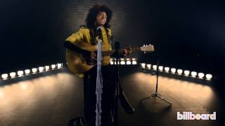 "Andy Allo - ""Yellow Gold"" LIVE Acoustic Session"