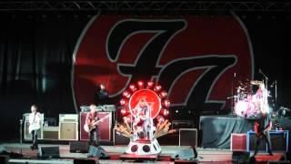 "Foo Fighters-Learn to Fly+All My Life- (Live Cesena ""Carisport"" )"