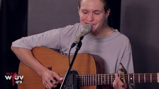 """Big Thief - """"Cattails"""" (Live at WFUV)"""