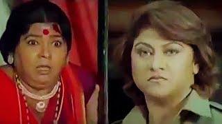 Malashri Kicks Telangana Sakuntala To Enter Inside Her House