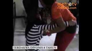 Download Video Ibu RT Cabul Pingsan Usai Divonis MP3 3GP MP4