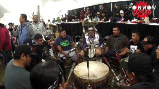 Wahpekute Men's Traditional Crow Hop @ Dakota Dunes Powwow 2016