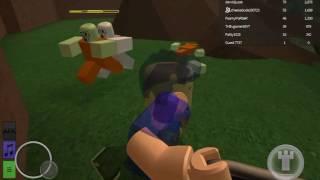 Playing zombie rush on Roblox #1 Patrick POV!