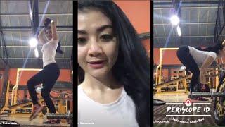 """Gina Youbi 2 Racun """"Bokong keren at Gym"""" Periscope"""