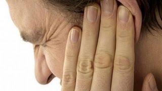 видео Болит горло, отдает в ухо – что предпринять для лечения?