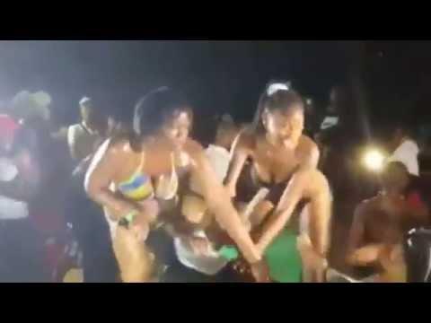 Watch bikini's Day - Le Lagon St François en Guadeloupe