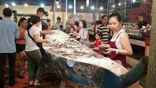 Buffet Thuyền Hải Sản 169k/vé ăn tôm càng xanh thoải mái ở Sài Gòn