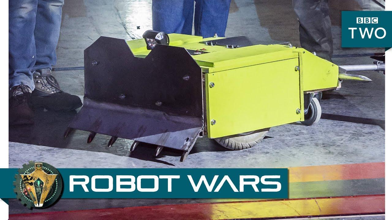 wooden robot 39 overdozer 39 prepares for battle robot wars episode 3 preview bbc two youtube. Black Bedroom Furniture Sets. Home Design Ideas