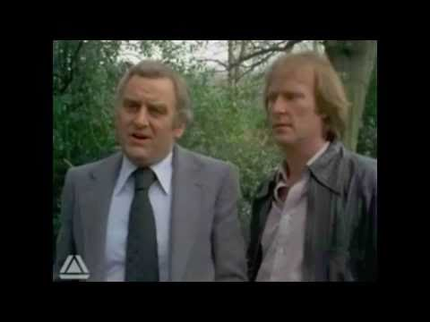 Morecambe & Wise On The Sweeney