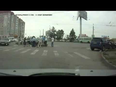 Жуткая авария на Комсомольском проспекте Челябинска