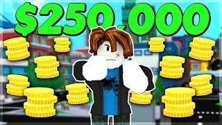 USING 250K COINS ON NOOB ACCOUNT *25K+ ROBUX* Superhero City (ROBLOX)