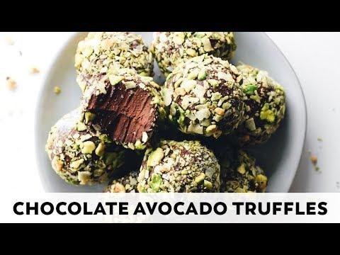 Chocolate Avocado Pudding Truffles // vegan + paleo