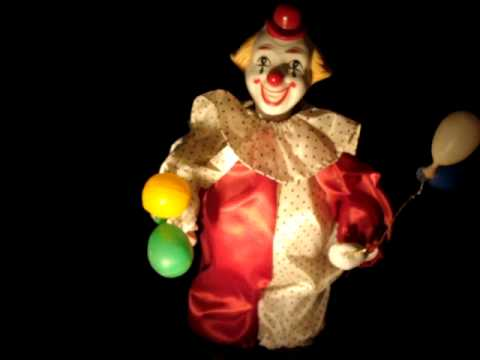 Animated Musical Porcelain Clown FIGURINE HOLDING BALLOONS plays life is a cabaret