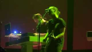 Thom Yorke - A Brain In A Bottle (HD) Live In Paris 2015