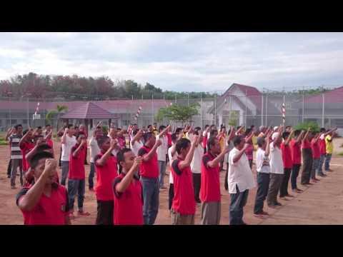 WBP Lapas Narkotika Palembang menyanyikan lagu kemerdekaan Indonesia