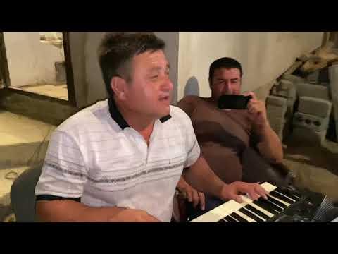 Download Ақилжон Ахмедов-90 йиллардаги хит қушиқлар жонли овозда