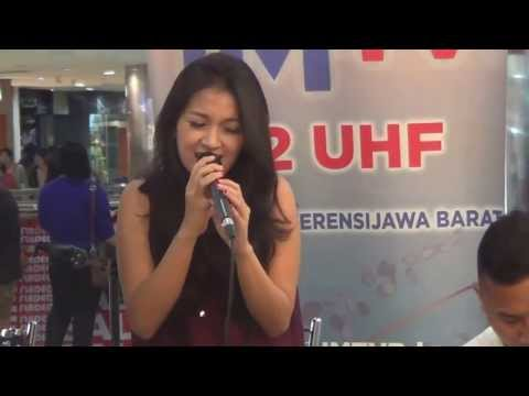 Rurin - Cukup Aku Yang Tahu Live In IMTV @BIP Bandung