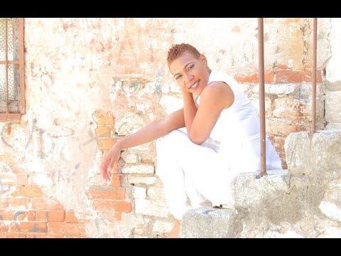Steffani Seven - Jah Jah Knows (Official Video)