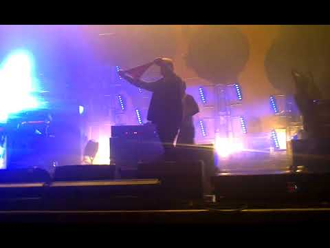 The Prodigy - Gun Reprise Fill (live Stadium Live, Moscow, Russia,10.10.2015)