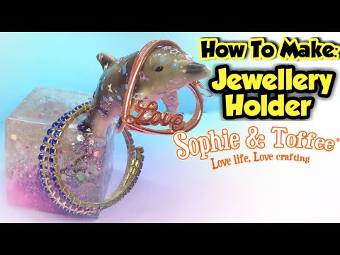 How To Make A Resin Jewellery Holder - Sophie and Toffee August Elves Box 2019