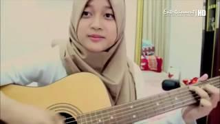 Video cewek cantik jilbab suaranya merdu | anugerah terindah yang pernah ku miliki download MP3, 3GP, MP4, WEBM, AVI, FLV Juli 2018