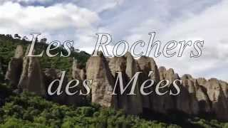Roadbook moto Alpes de Haute Provence : Les Rochers des Mées