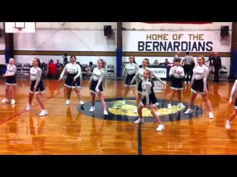 St Anna School Cheerleaders