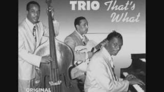 Nat King Cole & The King Cole Trio - Straighten Up And Fly Right