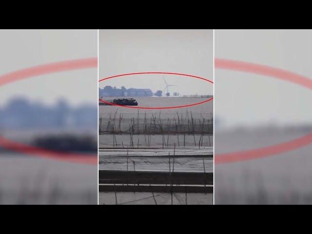 Conmoción en China por la aparición de una 'ciudad fantasma' sobre un lago con todo tipo de detalles
