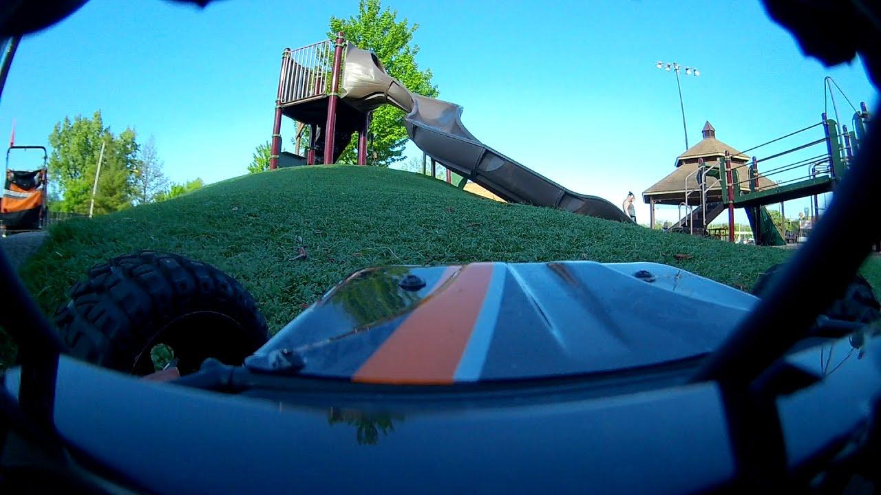FPV car play lot trial - raw video. фотки