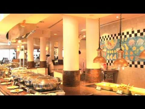 Interview With Fairmont Singapore On Their Halal Friendly Services And Asian Market Cafe