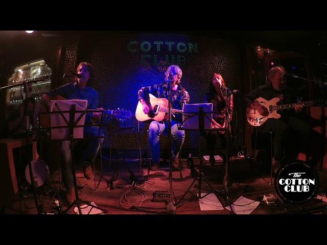 Bantastic Fand en directo en Cotton Club Bilbao  Constellation