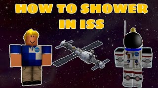 Roblox gameplay | How do Astronauts clean their self in Roblox