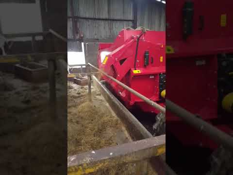Kverneland 856 Pro bedder feeder.