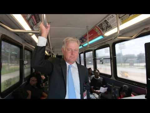 Valencia College President Tests Free Lynx Bus Service