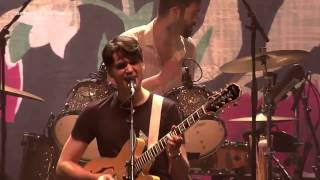 [3.39 MB] Vampire Weekend - Finger Back (Live at Le Zénith 2013)
