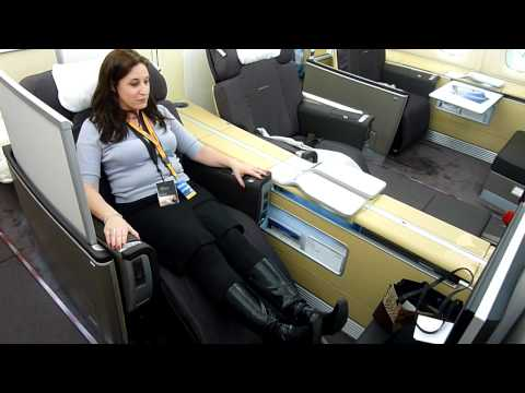Testing the Lufthansa A380 First Class bed #LHA380 #Avgeek [HD video]