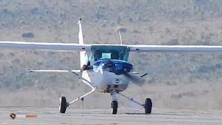 Small Plane Take Off Cessna 152 BRASILIA AIRPORT