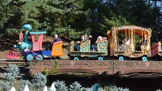 Casey Jr.  Circus Train at Disneyland Paris Full Ride Experience HD (Le Petit Train Du Cirque)