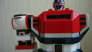 """The video source is from http://www.youtube.com/watch?v=rRPpf7gq4V8 A Japanese author who make a lot of funny """"超合金"""" toy stopmotion video. Before 3 ..."""