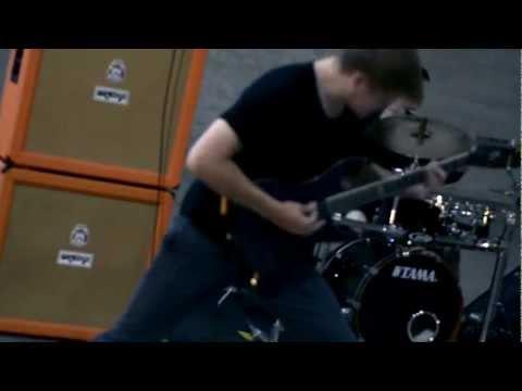 DEADWEIGHT - AN ALTERNATIVE (Official Music Video)