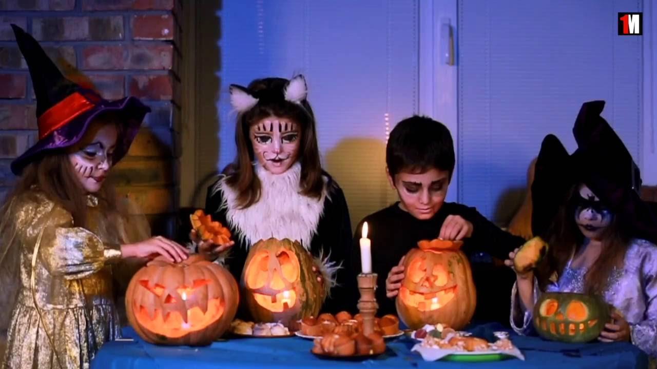 Why Do We Celebrate Halloween? | 1MinuteDoc - YouTube