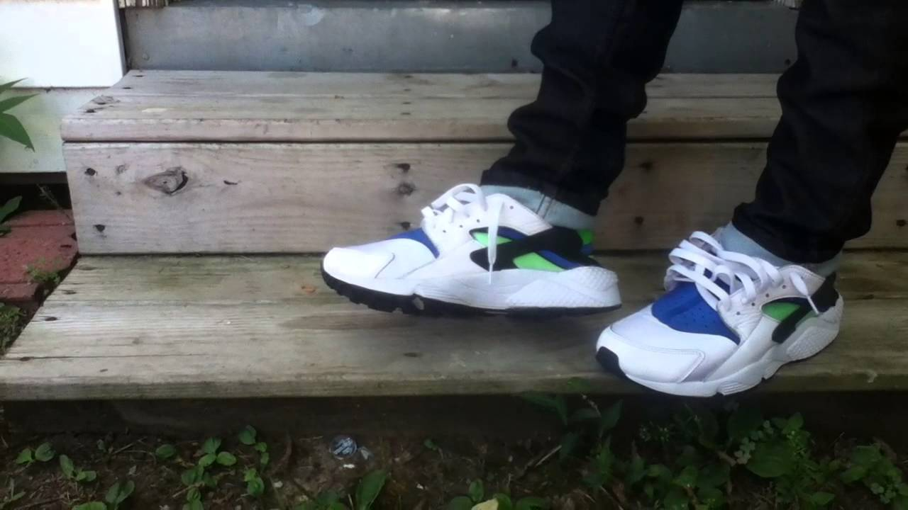 5d7cb99ba7 nike air huarache scream green on feet